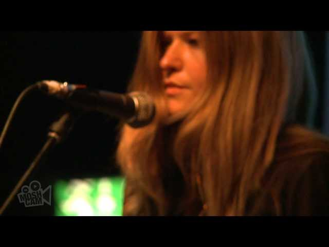 Still Corners - Memory Moon (Live in London) | Moshcam