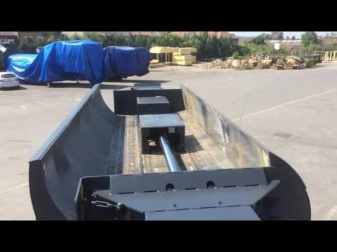 LEFORT scrap metal and car logger/baler ! - Empty test - 2 baling rams