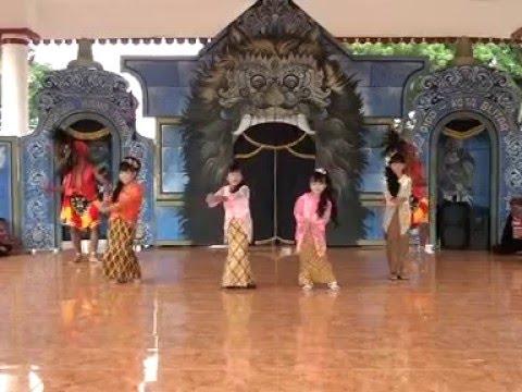 Lagu Anak Anak Hits Terpopuler Goyang Morena dengan Text