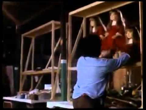 Bonecas Assassinas - Completo [Dublado] from YouTube · Duration:  1 hour 33 minutes 38 seconds