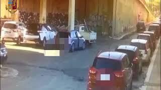 Rubavano auto per smontarle e rivendere pezzi