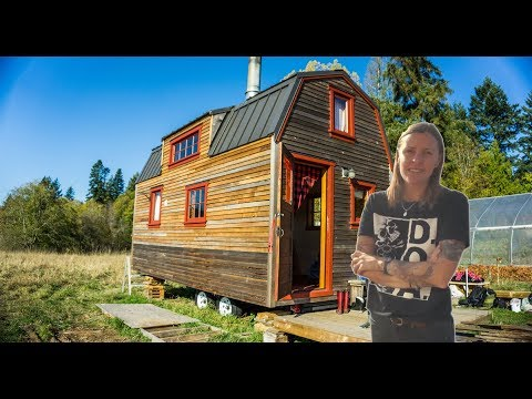 Woman builds Unique Tiny house using recycled materials in Canada.