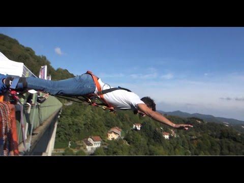 Bungee Jumping -