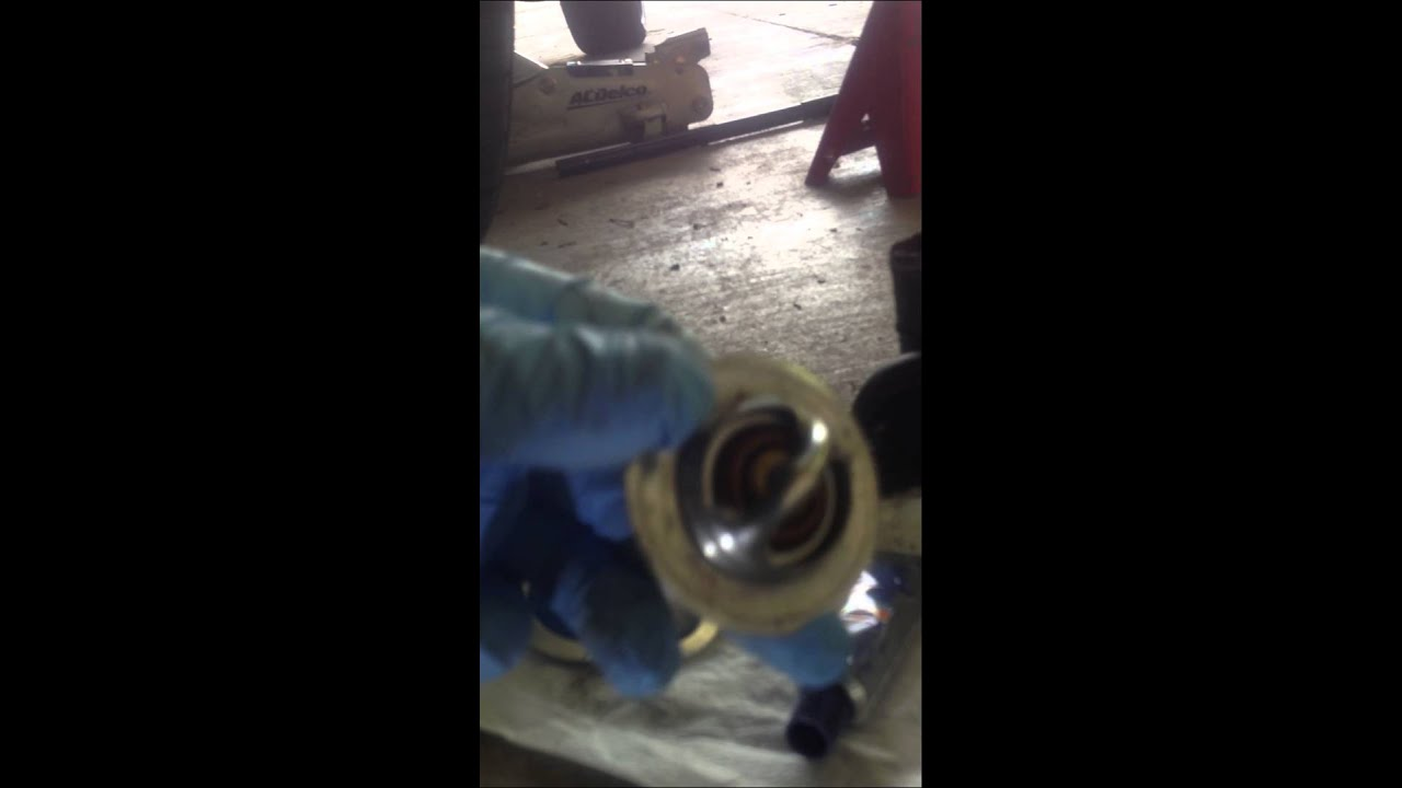 small resolution of chrysler 300m thermostat housing removal pt 1 youtube 2001 chrysler 300m thermostat diagram