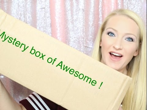 Monthly Box of Awesome    That Daily Deal    What's in the Box