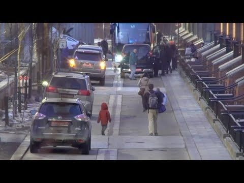 Buses seen leaving Moscow's US Embassy as diplomats due to leave