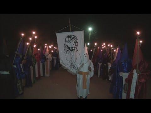 TVS - Tradicional Procissão do Fogaréu emociona fiéis e visitantes em povoado histórico de Banzaê