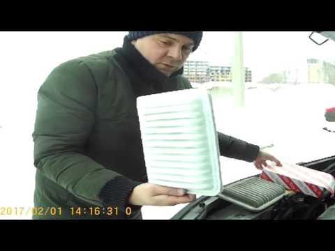 TOYOTA RAV-4.  Как не платить дилеру!!!! Замена воздушного фильтра своими руками!
