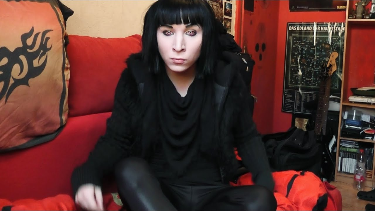 Download Black Hair Juni 2015 Amotharis ChrisMidnightx Contact Lens Gothic Emo Electro