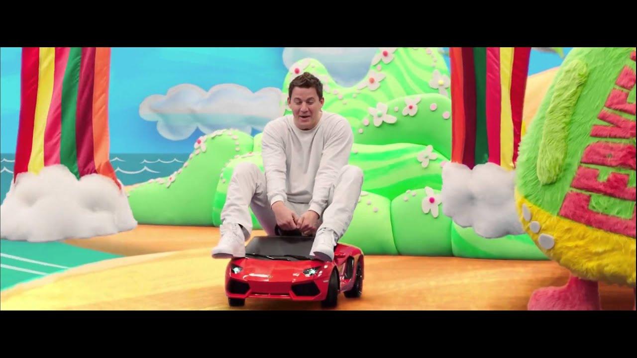 22 Jump Street Tripping Scene Hd Youtube