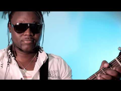 Papa Wemba - Mobembo (Clip Officiel)
