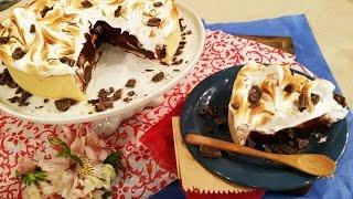 Tarta de crema pastelera de chocolate y merengue