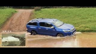 How to drive a Hilux: Wading through water