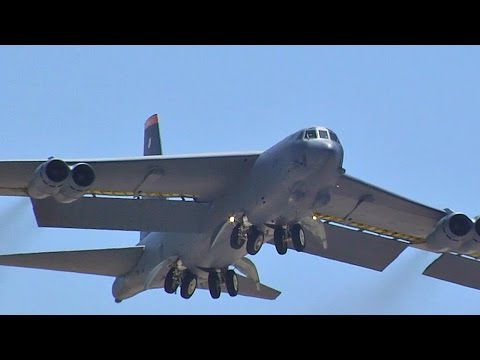 Most Awesome B-52 Take-Offs And Landings