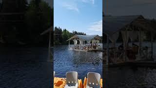 Отдых на озере Кафе на воде Пение птиц shorts rest boats