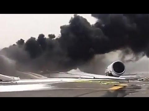 What caused Emirates flight 521 to crash?