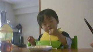 睡魔 VS 赤ちゃん thumbnail