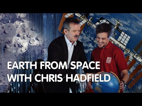 Astronaut Chris Hadfield Talks Space Photography and Recreates Some Images with Macro