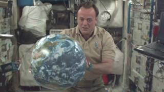 First-ever live 3D video stream from space