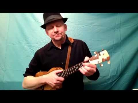 MUJ:  Blue Moon Of Kentucky - Elvis (ukulele tutorial)