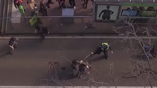 Drone video:  Brutal fight between anti-racism & anti-Islam protesters in Melbourne, Australia