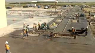 Construction Accident - Concrete motor trowel gone wild at a construction site.flv
