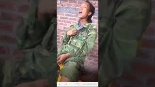 Clip SOCK Bê đê hát giọng cực cao và dài hơn 1 mét