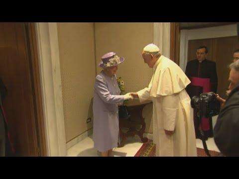 Queen meets Pope Francis at the Vatican