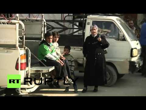Syria: Damascus suburb residents return to their homes after ceasefire