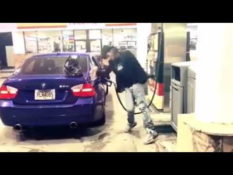 What a fun Breakdance on the morning at gas station
