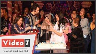 فيديو هبة مجدي ومحمد محسن أثناء ارتداء خاتم الخطوبة بحضور الجمهور @ موقع ليالينا