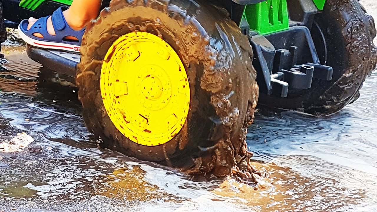 The Tractor stuck in the mud funny Dima harry up to the rescue