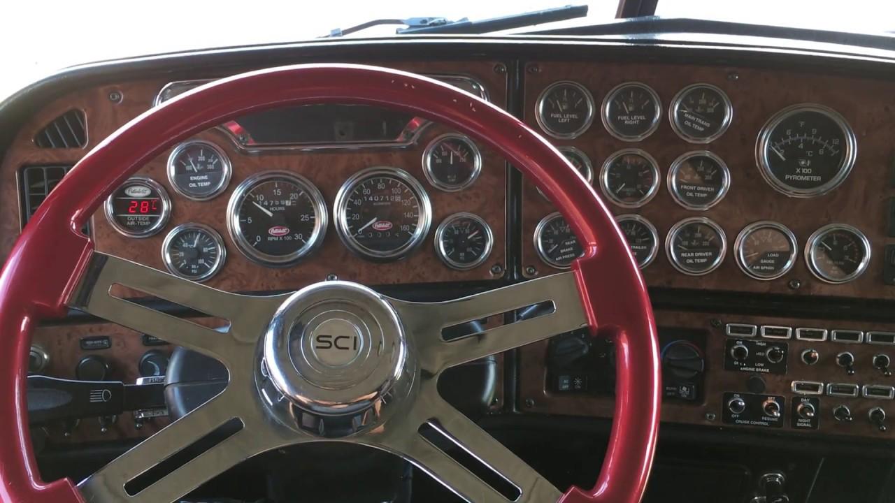 2005 Peterbilt 379 Interior