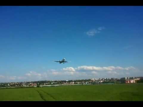 Airbus A330 land in Prague