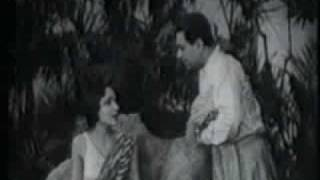 Karma (1933) with Devika Rani, Himansu Rai & a squirrel: Excerpt 1