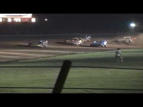 Wayne Robertson at McKean County Raceway *Feature Part 1 of 2*