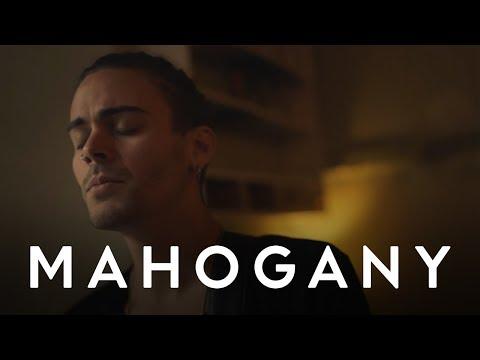 Клип Alex Vargas - Solid Ground