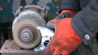 Доработка поршней ВАЗ в домашних условиях. Сделай Сам!(Начало здесь http://www.youtube.com/watch?v=i4Bo8wKs0PM Показан процесс как сделать поршни для улучшения работы двигателя...., 2013-12-14T15:53:54.000Z)