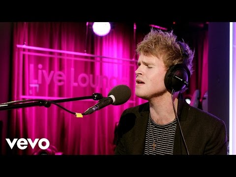 Kodaline - Sing (Ed Sheeran cover in the Live Lounge)