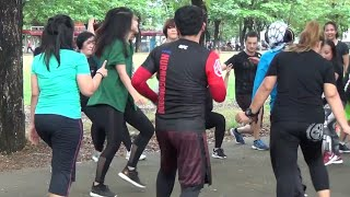 Download Video Senam Outdor Pake Legging Ketat MP3 3GP MP4
