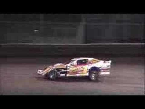 Brett Meyer's feature at Boone Speedway 4/26/2008