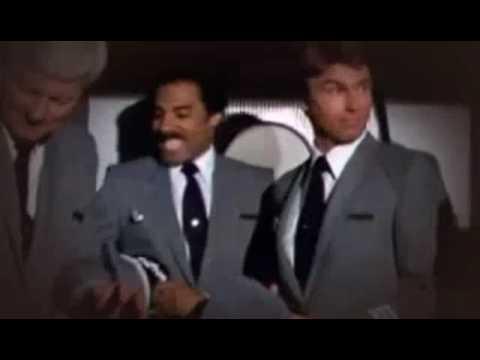 Trailer do filme Apertem os cintos, o piloto sumiu - 2ª parte