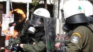 COMRADE MALONE  & Dj Downlow - Throw the molotov