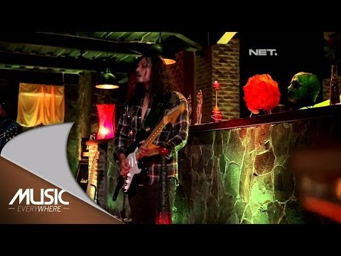 Once Mekel Fest Gugun 'Gugun Blues Shelter' - Musisi Godbless Cover (Live at Music Everywhere) *