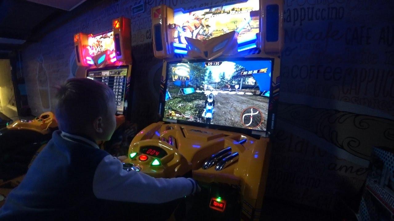 Игровые автоматы мото голден интерстар dsr8001