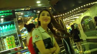 Repeat youtube video Lisboa Girls 13 (澳門葡京酒店小姐 リスボア回遊魚)
