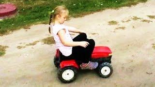 Traktory Na Pedały Dla Dzieci - Fajne Zabawki w Akcji - Zabawkowe Maszyny Rolnicze w Akcji PL