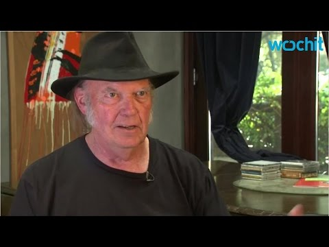 """Trump can use """"Rockin' in the Free World"""" says Neil Young Mp3"""