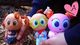Ksi Mami Andre de paseo a la nieve con los bebes Muñecas y juguetes con Andre para niñas y niños