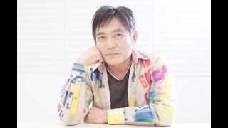 大阪芸術大学在学中、学生劇団だった「劇団☆新感線」で俳優活動をスター...